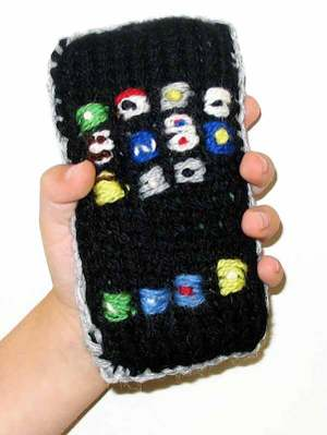 Hand_knit_iphone2