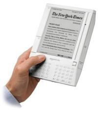 Kindle_hand
