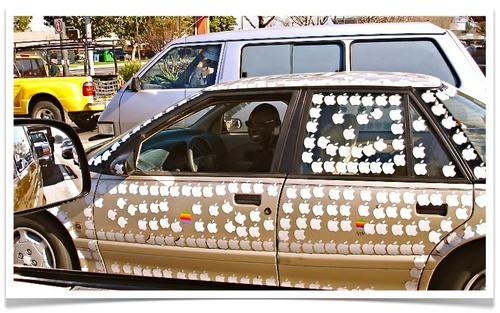 Apple_sticker_car